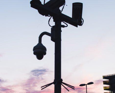 black-cameras-close-up-1135453